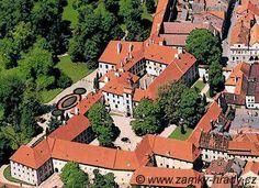 Třeboň Czech Republic, Scotland, England, European Countries, Mansions, House Styles, Castles, Places, Medieval
