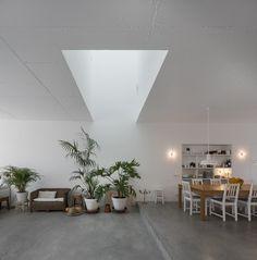 54e64471e58ece7fc300000c_house-of-pleasures-jos-adri-o-arquitectos_04.jpg (1967×2000)