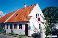 Charmerende byhus centralt i Ebeltoft. Søndergade 15, 8400 Ebeltoft - Rækkehus #rækkehus #ebeltoft #selvsalg #boligsalg #boligdk
