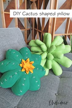 Learn how to make a cuddly cactus pillow. It's fun and easy to sew. Find  all the details (pattern, tutorial and video) on the blog. #sew  #tutorials #patterns #succulent #decor #diy #cushions #diy #pillow  #sewing #cactus #pattern
