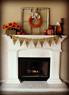 Burlap banner for Halloween.  This would be so easy to make for the front porch or banister