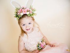 Lifestyle it up ! Image Types, Baby Chicks, Mini Sessions, Children Photography, Photo Props, Flower Girl Dresses, Easter, Mini Mini, Photoshoot