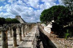 Chichen Itza Mexico  http://placesuwant2visit.blogspot.com/