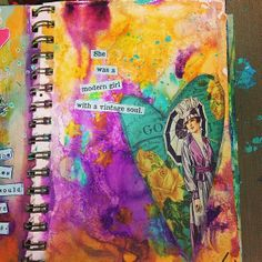 Art journal page using Dina Wakley Media Acrylic Paint #palettechallenge #willowing #willowingarts