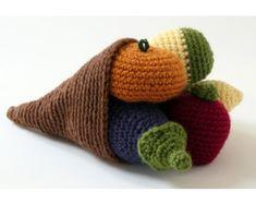 FREE Cornucopia Pattern (Crochet) from Lion Brand yarn. Great for Thanksgiving!