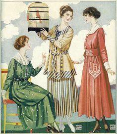 Women's Fashion: 1917 Clothes Catalog