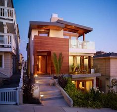 I am MADLY in love with this house. // 33rd Street Residence in Manhattan Beach, California.