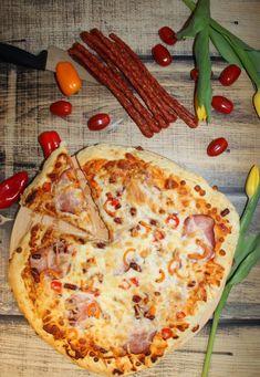 Hawaiian Pizza, Ketchup, Pepperoni, Mozzarella, Vegetable Pizza, Dinner, Vegetables, Food, Dining