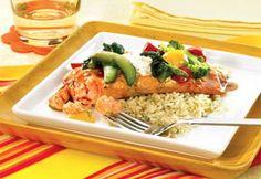 Saumon en papillote Salmon Recipes, Bbq, Corsica, Chicken, Food, Cooker Recipes, Dish, Pisces, Barbecue