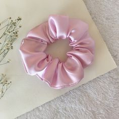 Baby Pink Aesthetic, Brown Aesthetic, Diy Embroidery Shirt, Ponytail Scrunchie, Diy Hair Scrunchies, Diy Lipstick, Velvet Scrunchie, Love Your Hair, Diy Hair Accessories