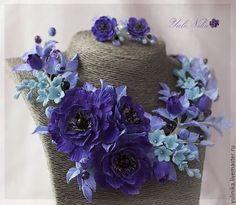 Колье, бусы ручной работы. Заказать Колье с цветами из полимерной глины. Сине-фиолетовая гамма. Юлия Коваль. Ярмарка Мастеров.