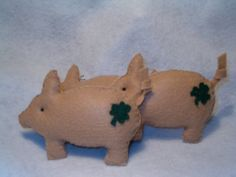 Prim Saint Patricks Pig  Ornies Bowl Fillers by ninnasattic, $3.75