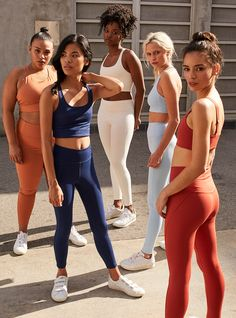 """Remember Those """"Free"""" Leggings On Facebook? They're Back+#refinery29"""