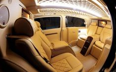 London taxi turns private jet #luxuryprivatejet