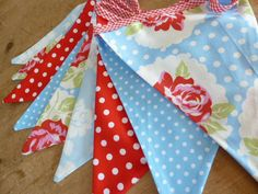 ROSES and SPOTS in Red and Blue, Fabric Bunting/Banne in red and aqua Tanya Whelan fabrics