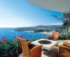 Ocean view patio.  Increible!