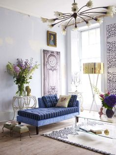 Eclectic living room. Sophisticated blues.