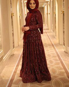 """5,781 Beğenme, 57 Yorum - Instagram'da @aysegulgunes: """"Güzel mesajlar atan herkese çok teşekkür ederim❤️Kına elbisemle alakalı gelen sorularin hepsine…"""""""
