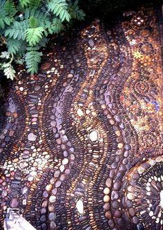 32 Amazing Pebble Garden Paths
