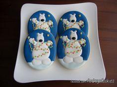 Christmas Polar Bear Cookies - theartofthecookie.com