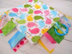 Ribbon Tag Lovey Baby Girl Tag Blanket Fleece por theredpistachio, $19.50