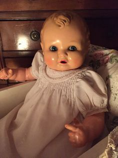 Porcelain Or China Info: 4852556759 Biscuit, Doll House People, Dolls Prams, Cute Baby Dolls, Baby Mine, Creepy Dolls, Vintage Paper Dolls, Old Dolls, Bear Toy