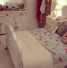 3. What do the rooms look like? A bedroom fit for a little princess. There are different pieces that all tie into one theme.