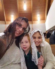 Catholic Veil, Roman Catholic, Girls Wear, Women Wear, Teen Skirts, Mantilla Veil, Chapel Veil, Take Me To Church, Modest Outfits