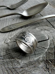 Antique Spoon Ring. making these are fun. and i just got metal letter stamps that i REALLY want to try out...