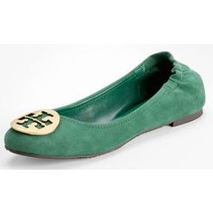 Going green!! Emerald green Tory burch flats! Obsessed