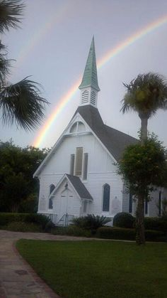 Epworth-by-the-Sea, Methodist church on St Simons Island, GA (love the double rainbow) Old Country Churches, Old Churches, Church Pictures, Take Me To Church, Church Camp, Les Religions, Somewhere Over, Cathedral Church, Church Building