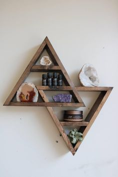 Double Triangle Altar Shelf with moon phases Barn Board Projects, Diy Wood Projects, Wood Crafts, Woodworking Projects, Diy Wall Art, Wood Wall Art, Wall Decor, Triangle Shelf, Home Room Design
