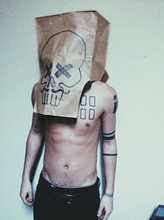 Tyler Joseph skeleton (twenty one pilots)
