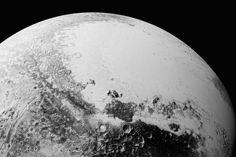 Las nuevas imágenes de Plutón aportan datos inéditos sobre su superficie