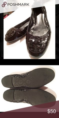 Tory Burch black ballet flats! 10 Size 10. Gently worn. Great condition! Stretchy ankle back hugs your foot for the maximum style & comfort! Don't forget to bundle & save 20% off your total!  Tory Burch Shoes Flats & Loafers