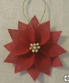 Modern Rustic Diy Christmas Ornaments Designs Ideas Home Ideas Burlap Christmas Ornaments, Fabric Ornaments, Noel Christmas, Outdoor Christmas Decorations, Homemade Christmas, Crochet Ornaments, Christmas Poinsettia, Crochet Snowflakes, Crochet Christmas