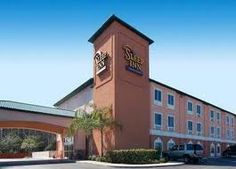 Orlando Continental Plaza Hotel  International Drive Orlando  FL 32819 Upto. 25% Discount Packages. Near by attractions include Universal Studios,aquatica,International Drive,Seaworld,Convention Center. Free Parking. Book your room and start saving with SecureReservation. Please visit-  http://www.orlandocontinentalplazahotels.com/