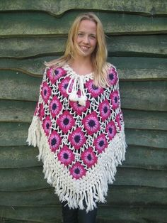 Kleding Nepal Roze wit Poncho Lollipop pink white and purple made in nepal wollen
