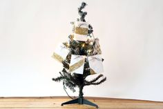 It's that time of year when people focus on being thankful and giving back. Teach your kid's the importance of giving back with this DIY Giving Tree! Discount Craft Supplies | Up to 70% Off | Blitsy.com