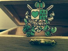 ragazza magica verde spilla di PunkJunkNYC su Etsy