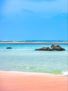 Beach Fun, Beach Trip, Summer Sun, Summer Vibes, Villas, Relax, Old Port, Romantic Vacations, Enjoying The Sun