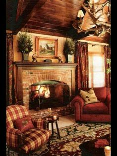99 Cabin Style Home Interior Design Rustic Chic Living Room, Family Room, Cabin Decor, Christmas Living Rooms, House Interior, Cabin Living, English Country Decor, Christmas Decorations Living Room, Rustic House