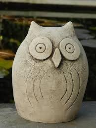 uil keramiek - Google zoeken Ceramic Owl, Ceramic Animals, Ceramic Pottery, Pottery Art, Clay Owl, Clay Birds, Clay Projects, Clay Crafts, Cold Porcelain Tutorial