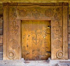 fletchingarrows: yama-bato: Maramures-Romania so awesome Wooden Gates, Wooden Doors, Entrance Doors, Doorway, Old Doors, Windows And Doors, Steel Security Doors, The Doors Of Perception, Timber Door