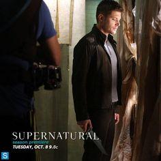 Photos - Supernatural - Season 9 - Cast Promotional Photos - BTS Cast Promotional Photos - BSOs8oMCAAA7t-s.jpg large