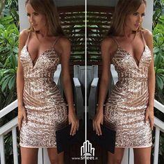 Dress by www.dream-shop.it   #dreamshop #fashion #love #pailettes #shinee #dress #vestito #instagood #style #abito #gold #chic #vestitino #moda #vestitolungo #shine #elegante #seratatop #outfit #capodanno #matrimonio #glam #beautiful #instalike #eleganza #beauty #festa #shopping #shoppingonline #shoppingday