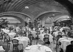 Restaurant, Grand Central Terminal, ca 1912. (Library of Congress)