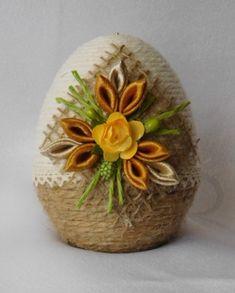 Egg Art, Seasonal Decor, Origami, Seasons, Spring, Manual, Crafts, Eggs, Easter Eggs