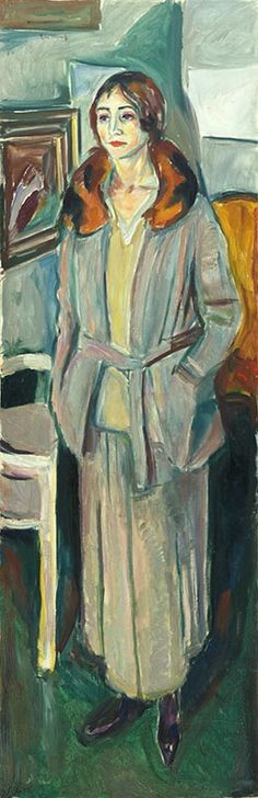 Woman in Grey 1924–25 / Oil on canvas / 180 x 59 cm Munch Museum