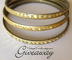 Jewelry #Giveaway! Enter to win gift card to Vintage Vandu by 11:59pm EST on October 5, 2014.